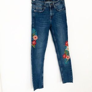 Zara Trafulic Embroidered Jeans, Size 2